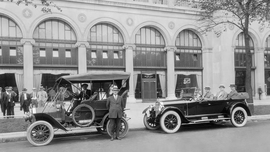 1920 oldsmobile model 37 b information and photos for General motors cadillac headquarters