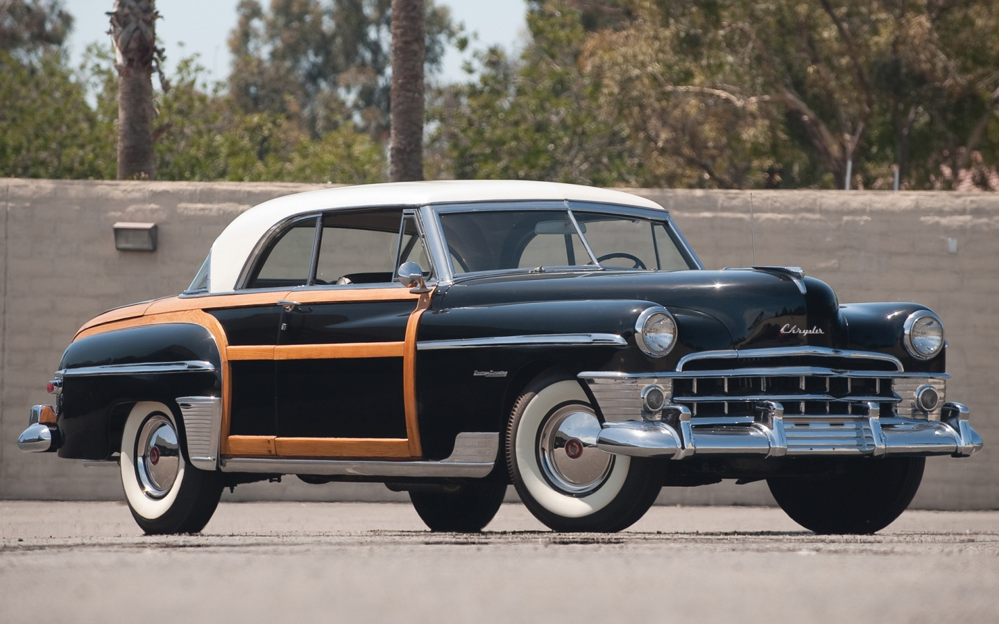 1950 Chrysler Town & Country - Information and photos ...