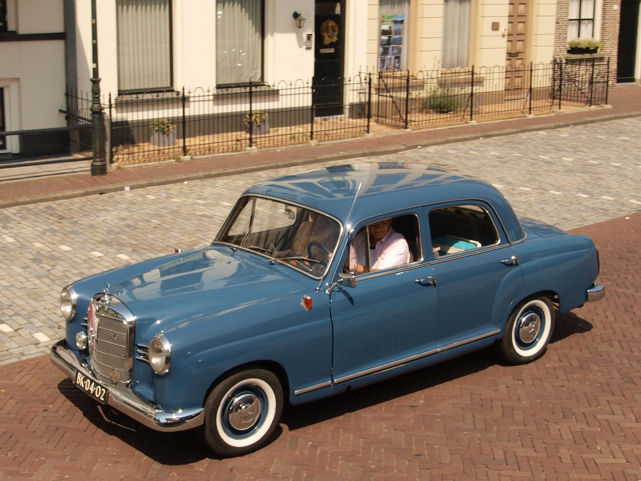 1960 Mercedes-Benz 190 - Information and photos - MOMENTcar