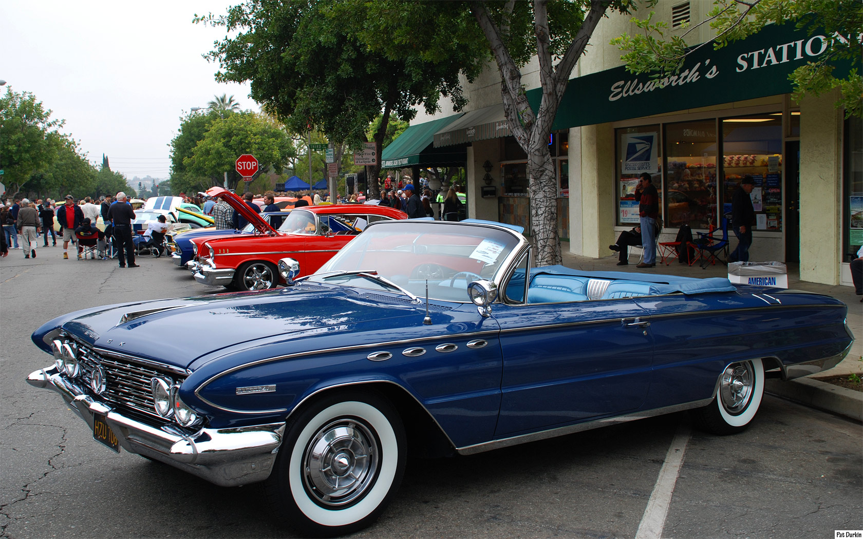 Suzuki Tire Size >> 1961 Buick Electra 225 - Information and photos - MOMENTcar