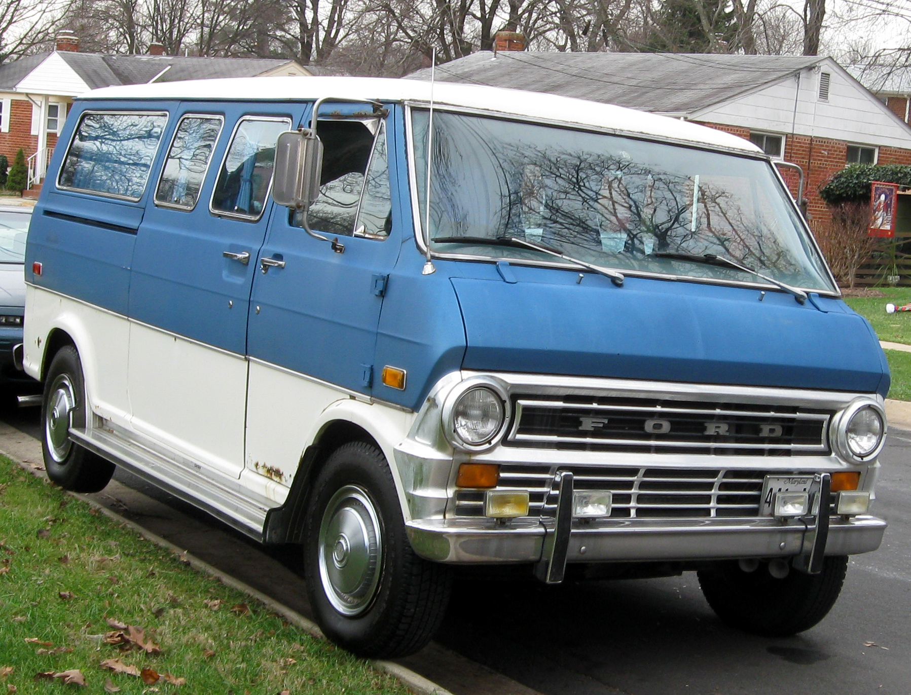 Ford Focus Camper >> 1970 Ford Club Wagon - Information and photos - MOMENTcar