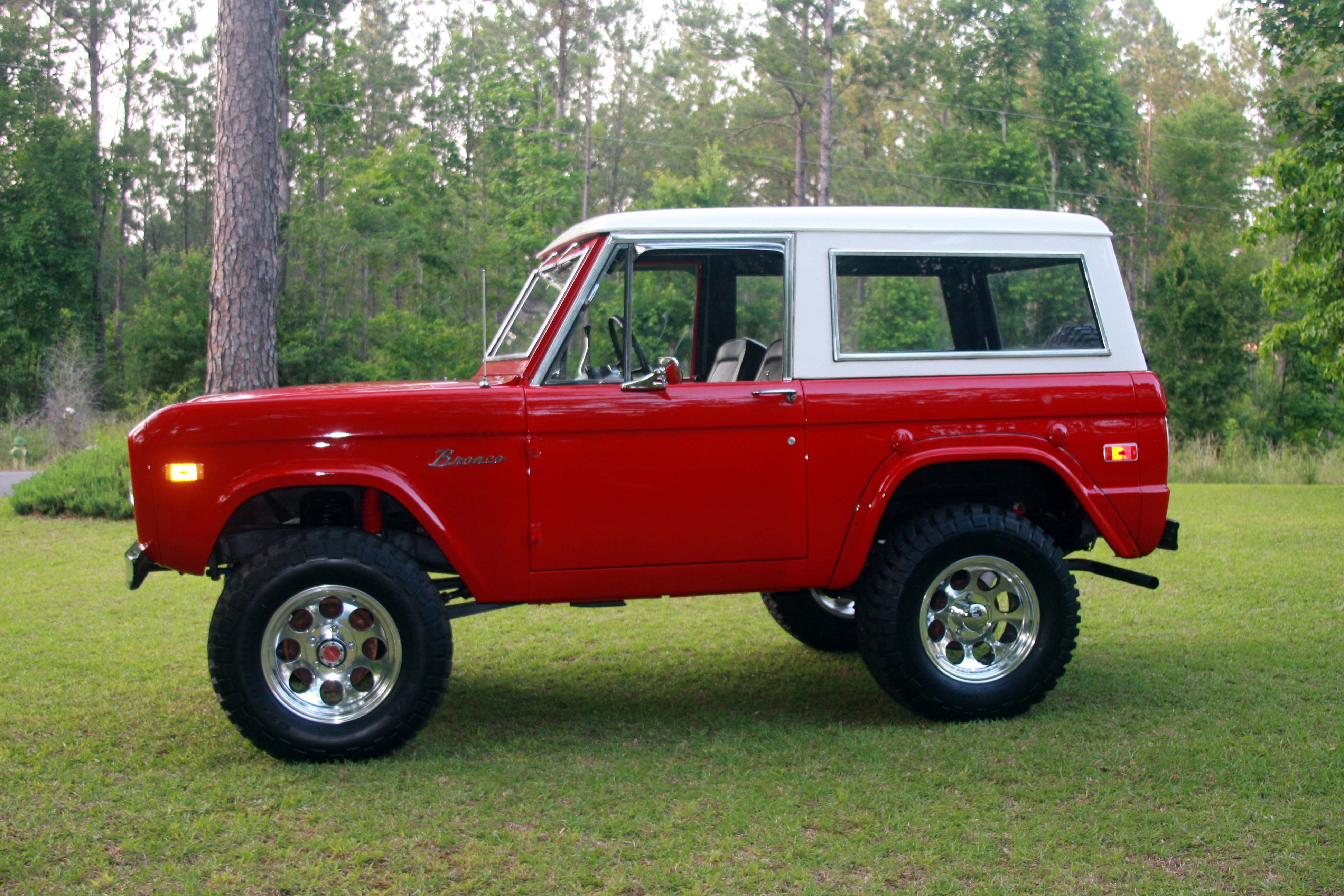 1974 Ford Bronco - Information and photos - MOMENTcar