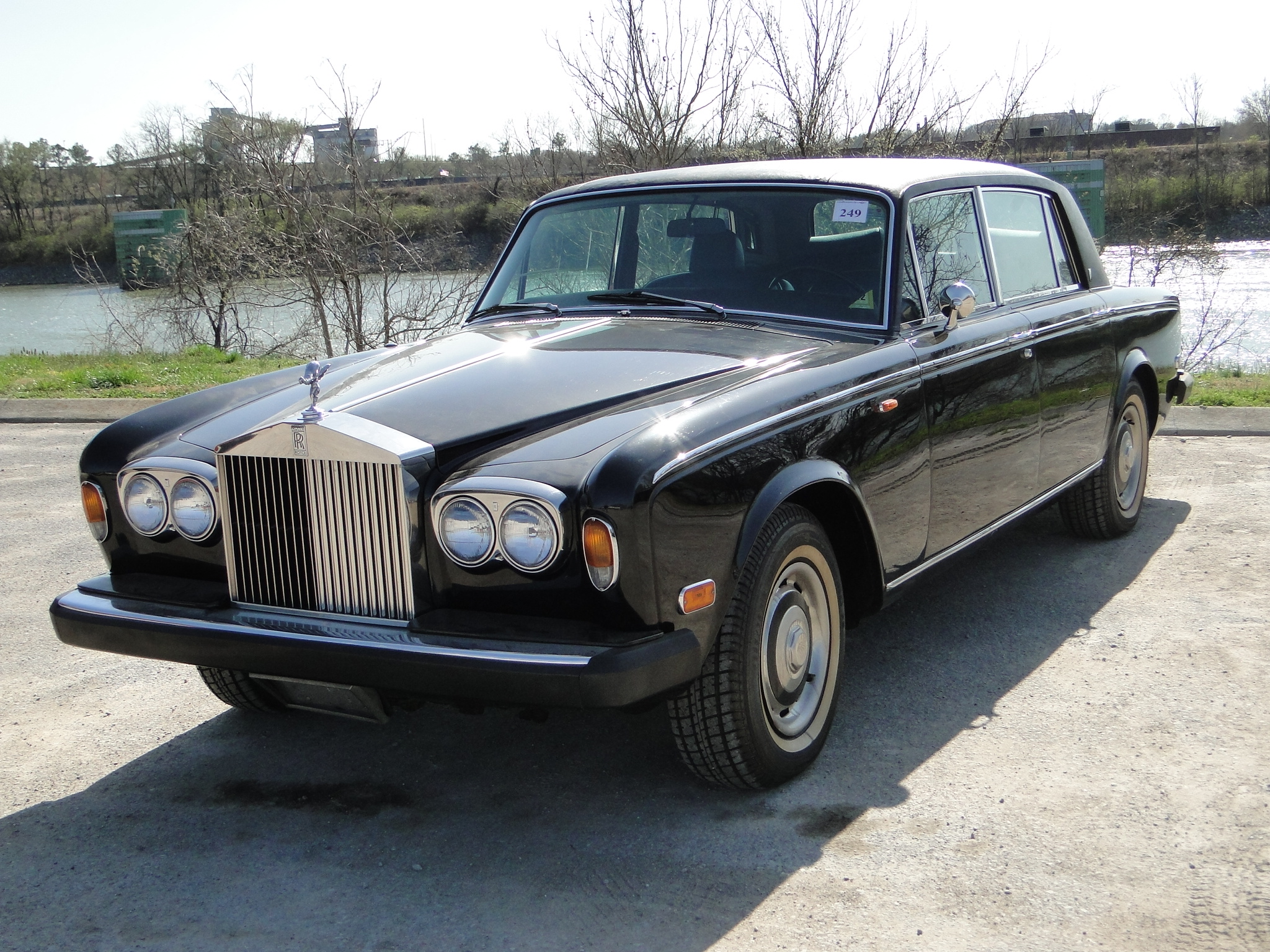 1976 Rolls-Royce Silver Shadow - Information and photos ...