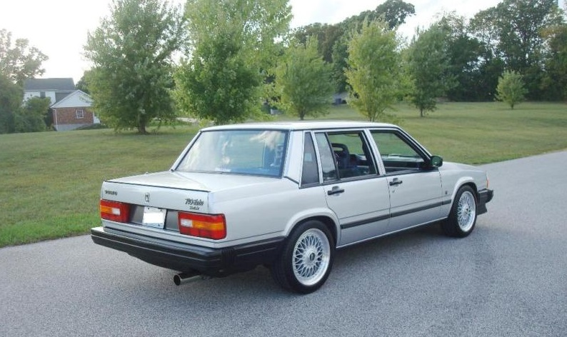 1985 Volvo 740 - Information and photos - MOMENTcar
