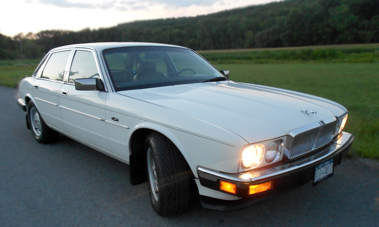 1990 Jaguar Xj Series Information And Photos Momentcar