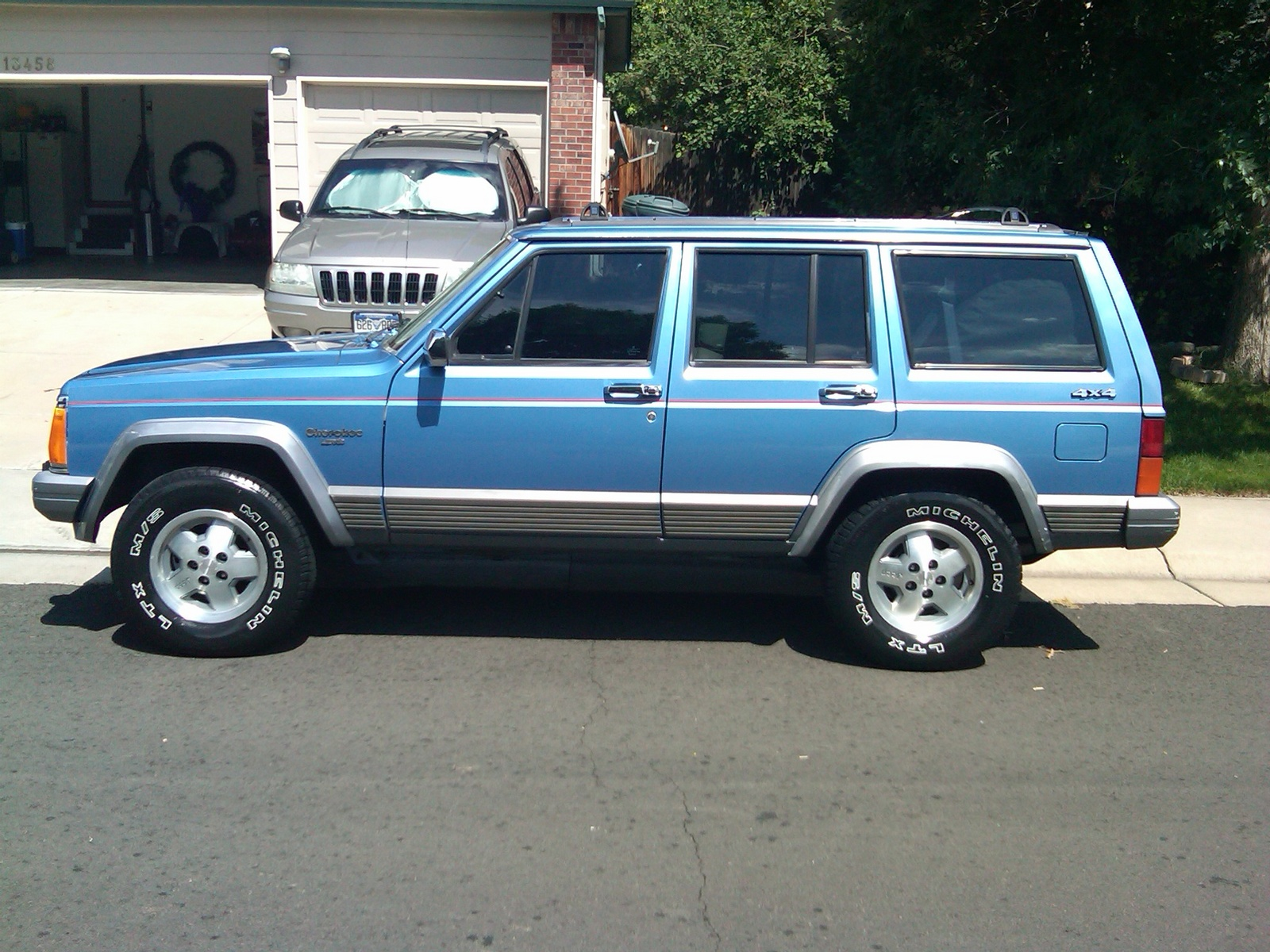 Patriot Buick Gmc >> 1992 Jeep Cherokee - Information and photos - MOMENTcar