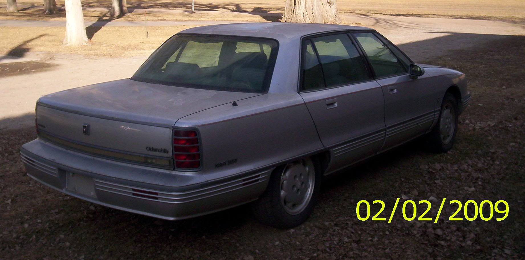 Oldsmobile Ninety-Eight #2