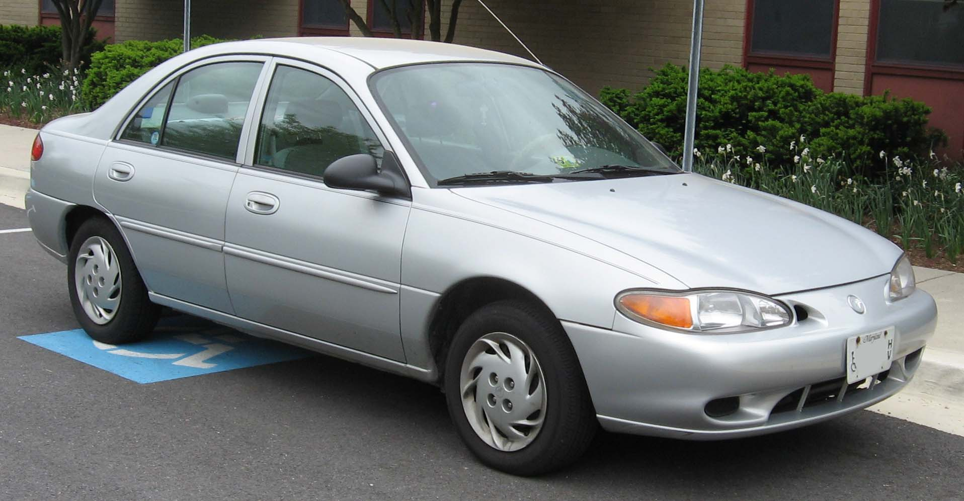 1997 Mercury Tracer - Information and photos - MOMENTcar