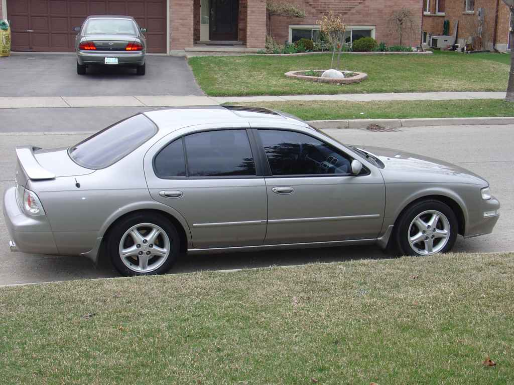 Used 1998 Nissan Maxima Pricing & Features | Edmunds