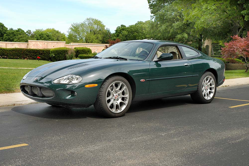 2000 jaguar xkr information and photos momentcar. Black Bedroom Furniture Sets. Home Design Ideas