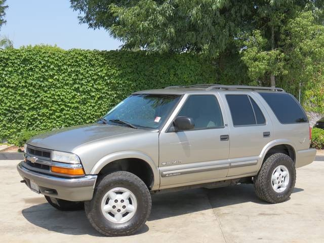2001 Chevrolet Blazer Information And Photos Momentcar