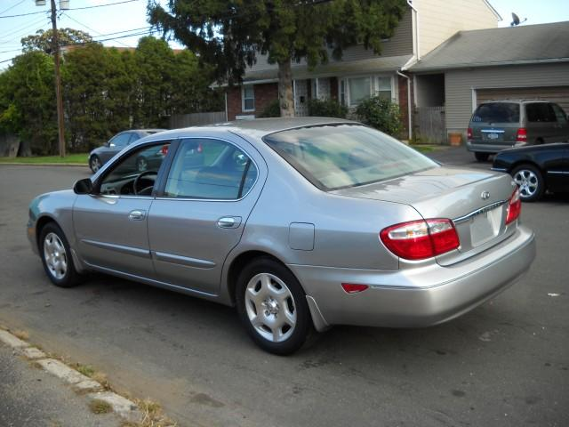 2001 Infiniti I30 - Information and photos - MOMENTcar
