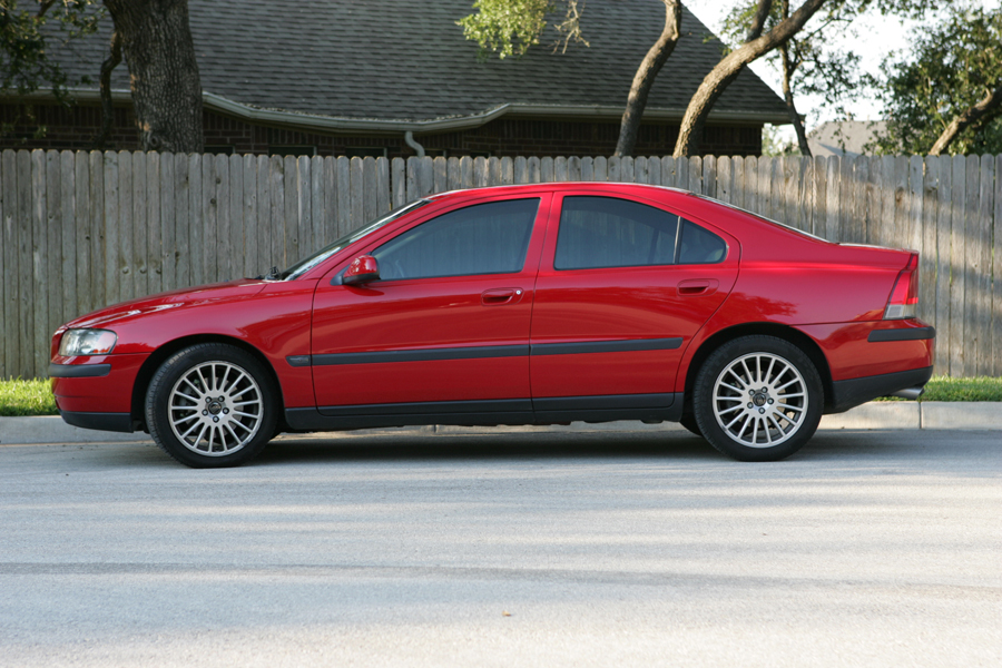 2001 Volvo S60 - Information and photos - MOTcar