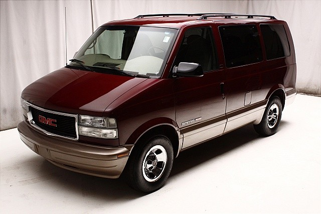 2002 gmc safari information and photos momentcar. Black Bedroom Furniture Sets. Home Design Ideas