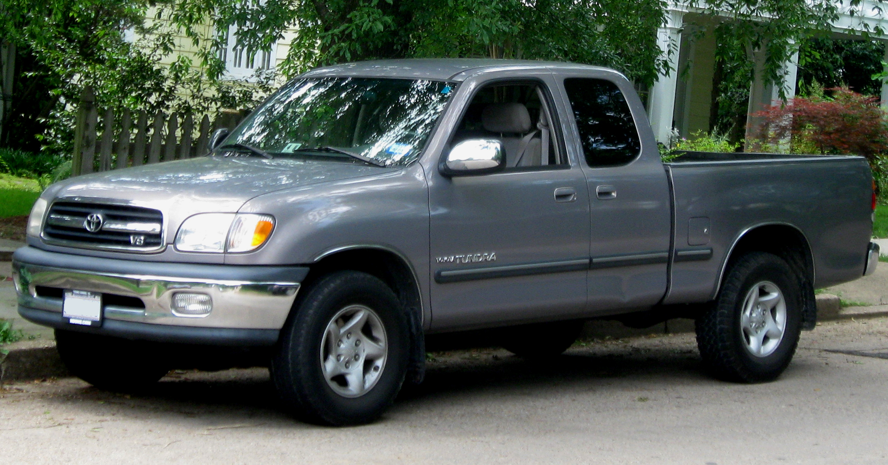2002 toyota tundra information and photos momentcar. Black Bedroom Furniture Sets. Home Design Ideas