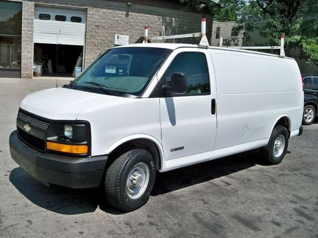 Runde Chevy >> 2003 Chevy Express 1500 | Autos Post