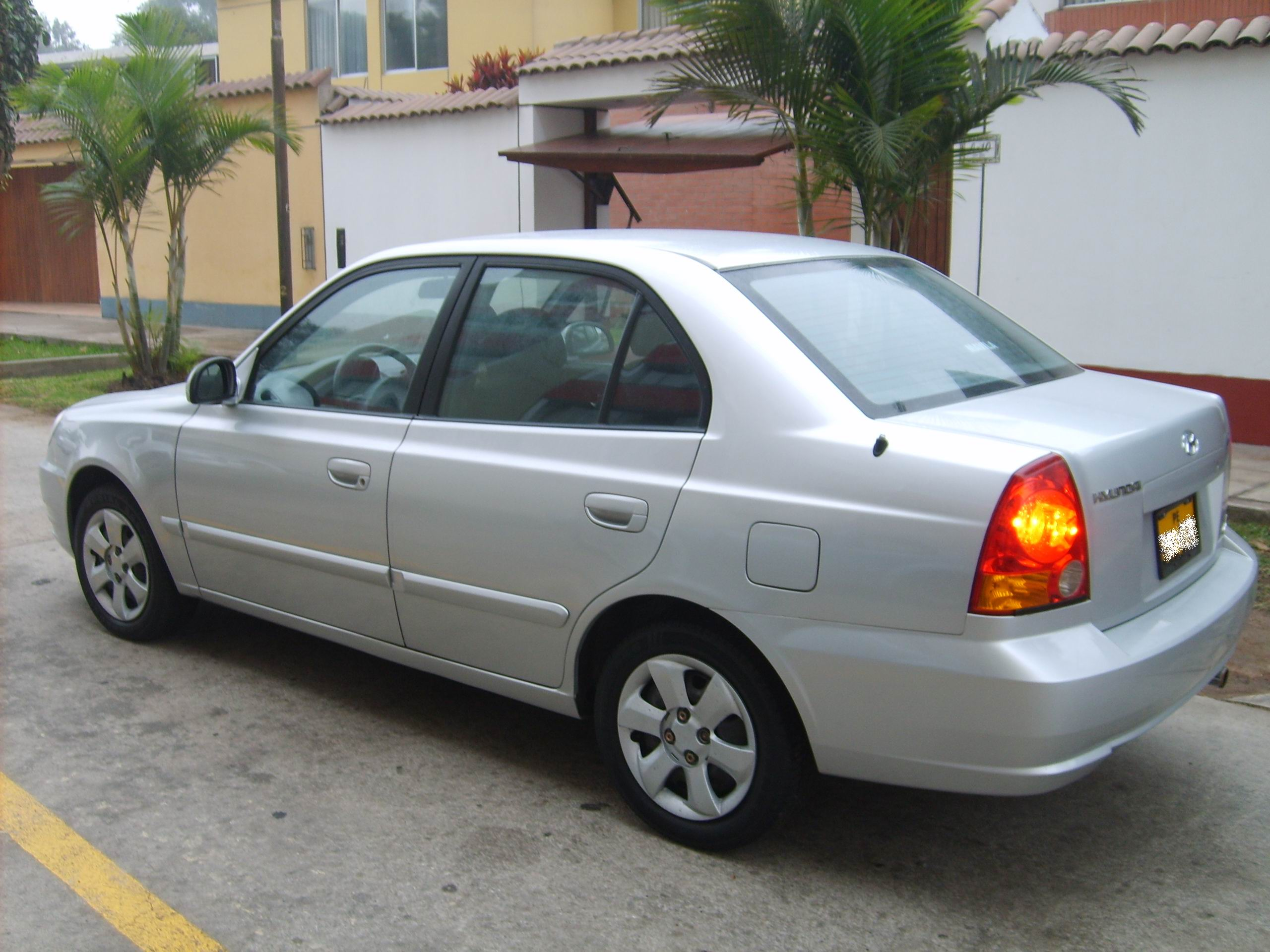 2004 Hyundai Accent Information And Photos Momentcar