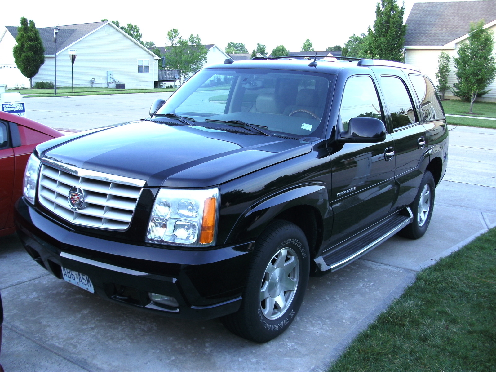 2004 cadillac escalade information and photos momentcar. Black Bedroom Furniture Sets. Home Design Ideas