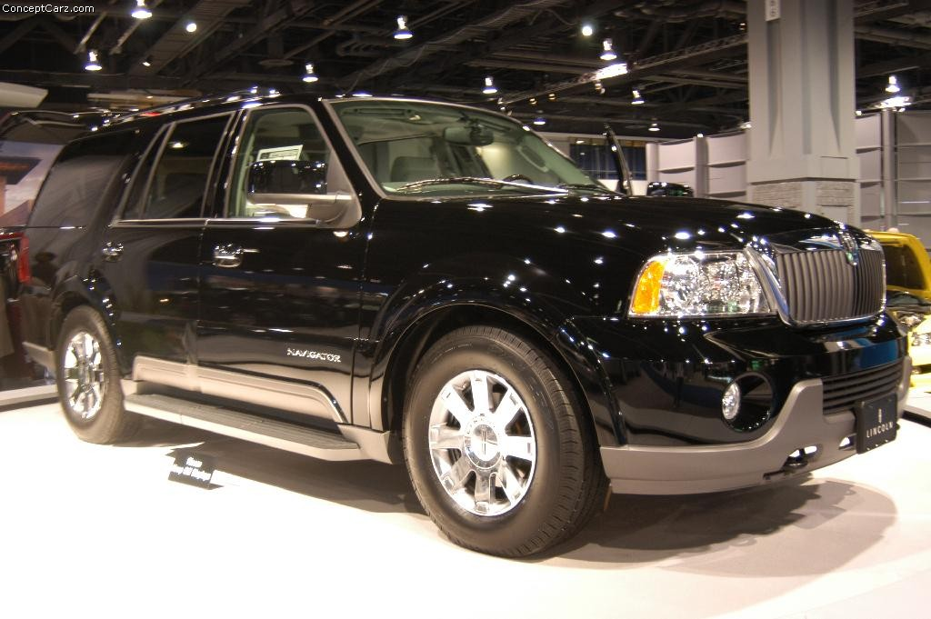2004 lincoln navigator information and photos momentcar. Black Bedroom Furniture Sets. Home Design Ideas