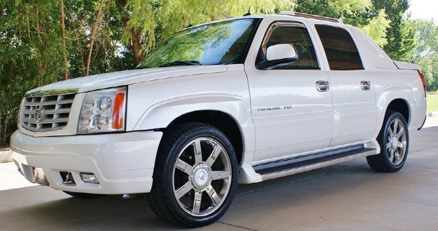 2005 Cadillac Escalade Ext Information And Photos