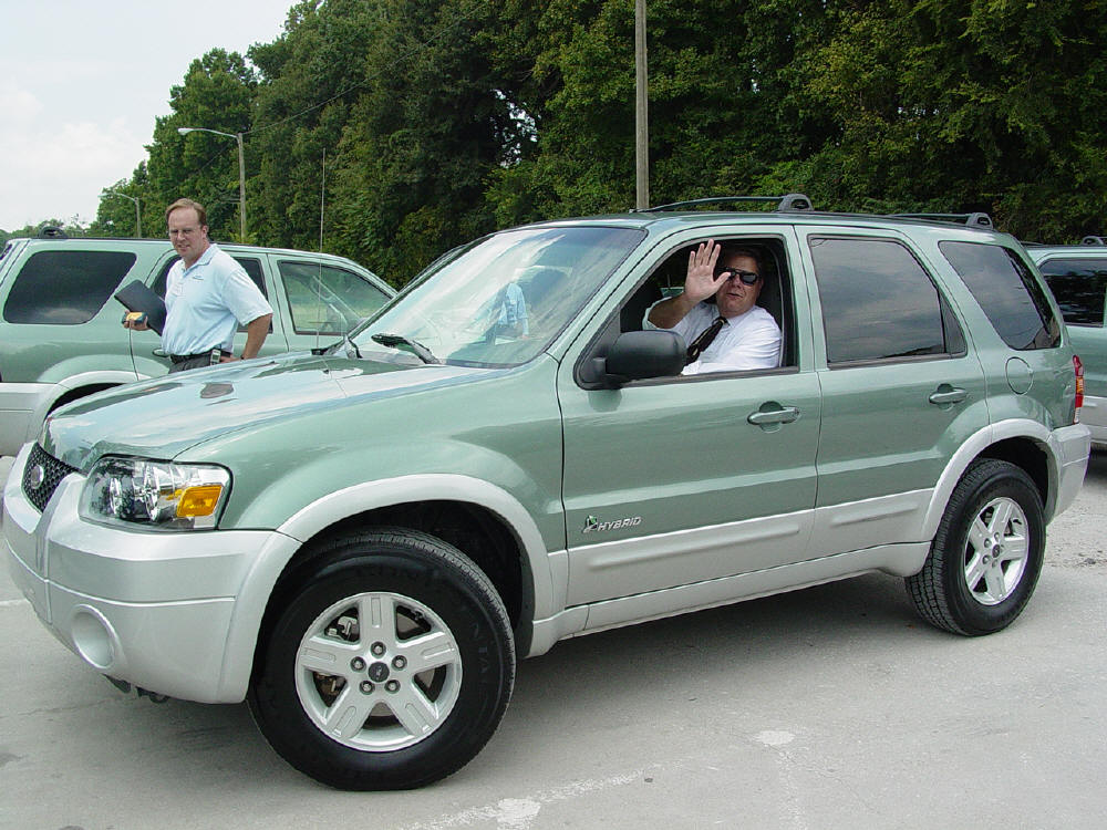 2005 Ford Escape Information And Photos Momentcar
