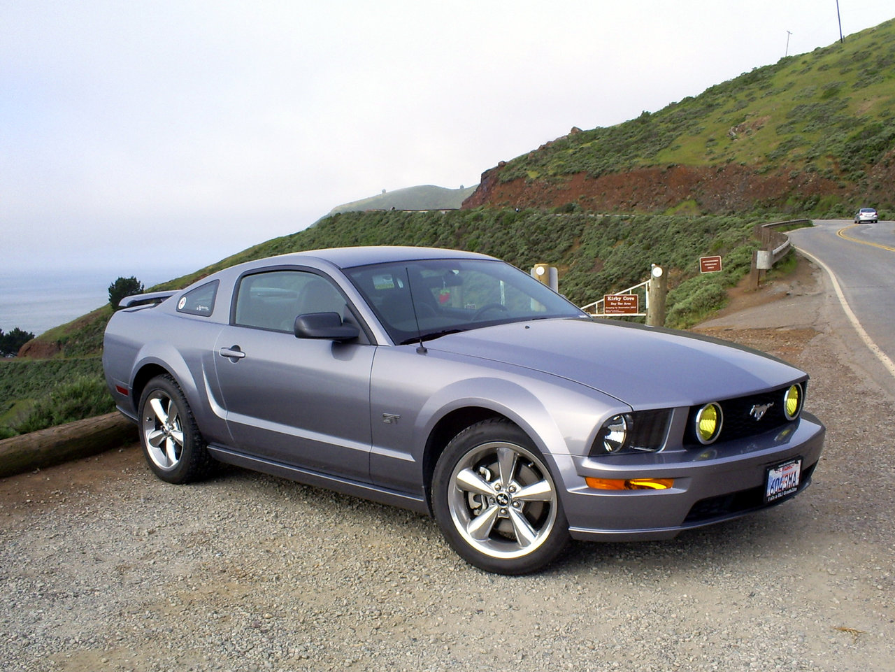 2006 ford mustang information and photos momentcar. Black Bedroom Furniture Sets. Home Design Ideas