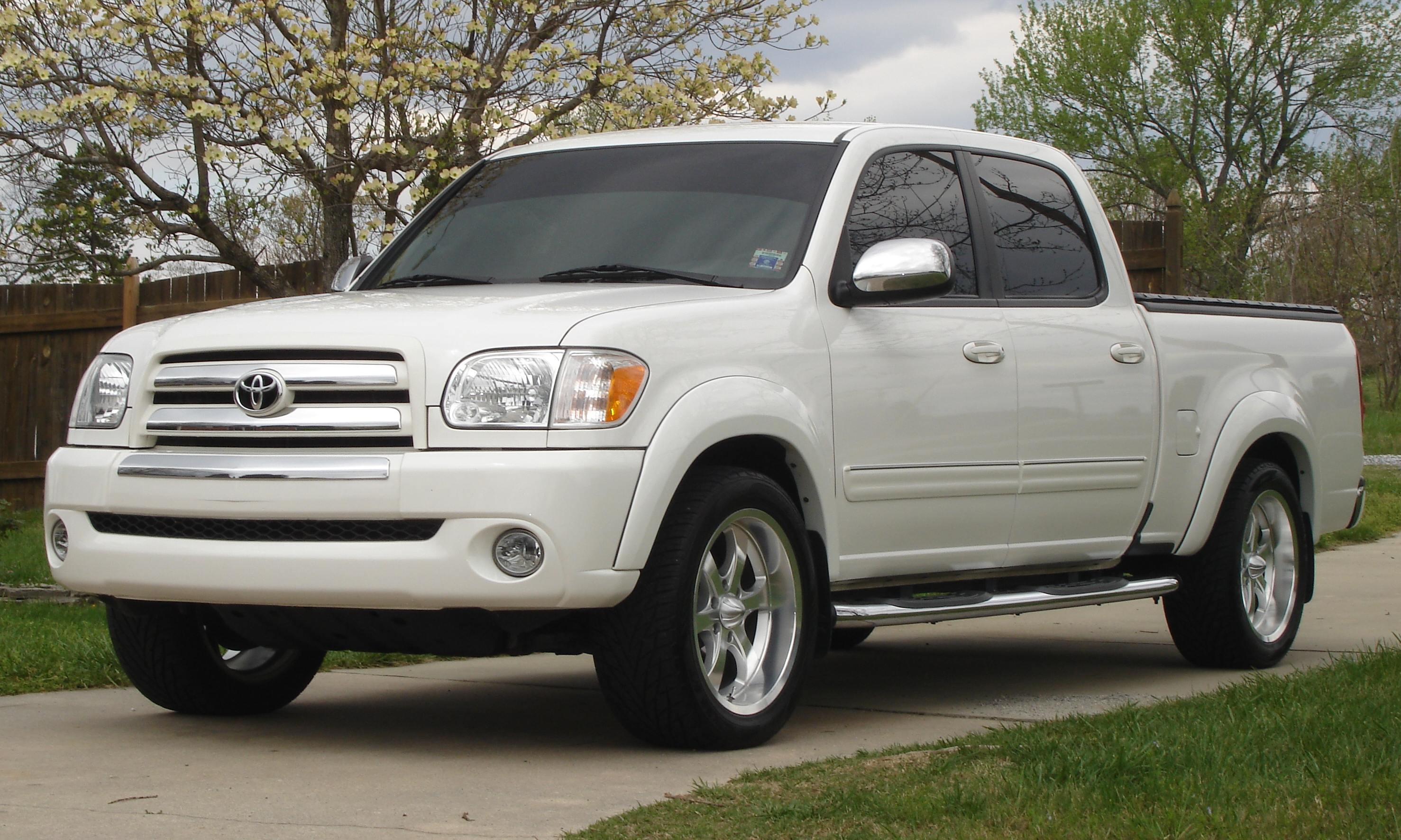 2006 toyota tundra information and photos momentcar. Black Bedroom Furniture Sets. Home Design Ideas
