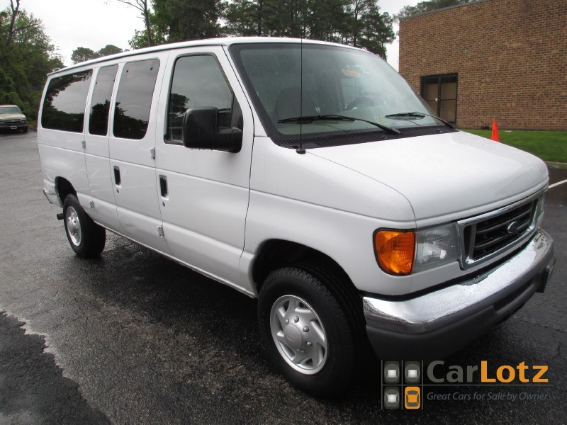2007 Ford Econoline Wagon - Information and photos - MOMENTcar