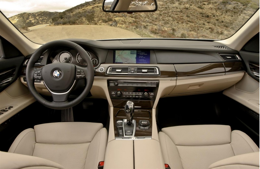 BMW 7 SERIES - 463px Image #1