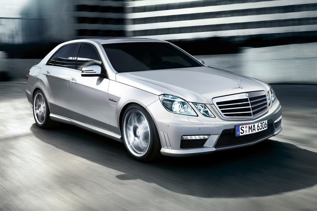 2011 Mercedes-Benz E-Class - Information and photos - MOMENTcar