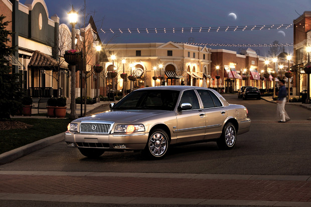 2011 Grand Marquis #14