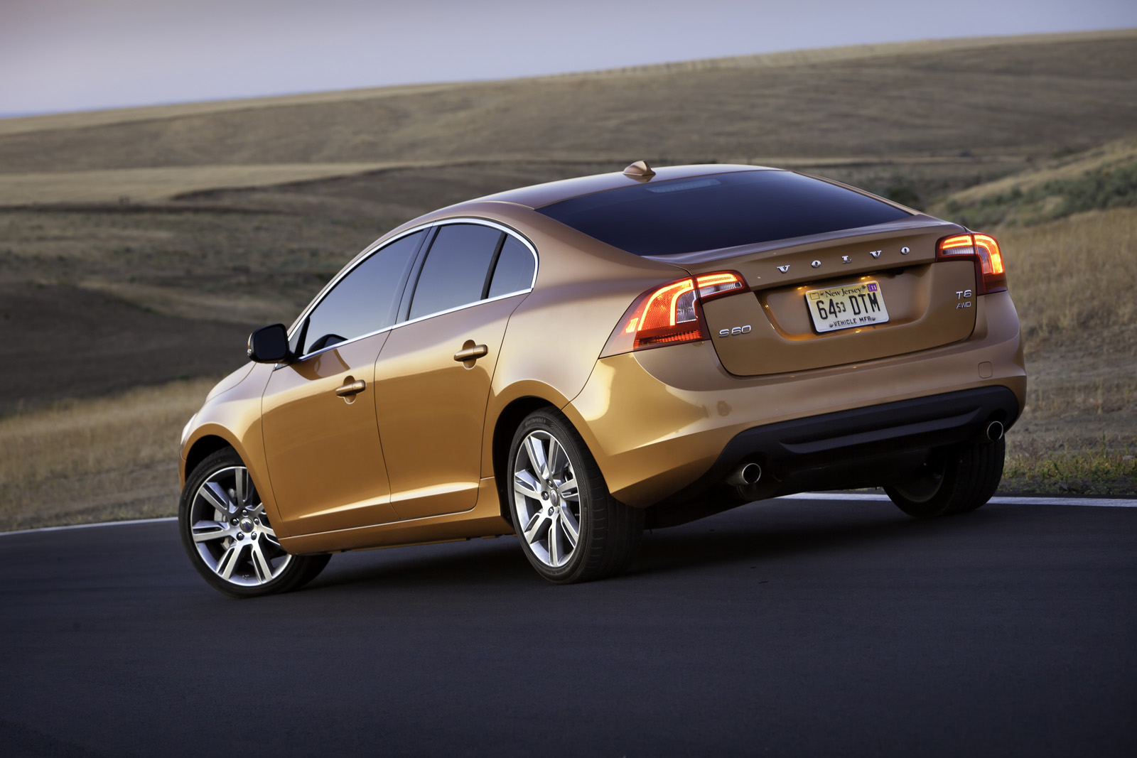 2012 volvo s60 information and photos momentcar. Black Bedroom Furniture Sets. Home Design Ideas