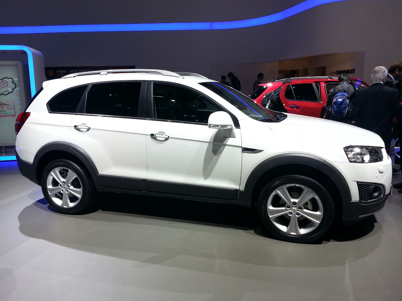 All Chevy 2014 chevrolet suv : 2014 Chevrolet Captiva Sport - Information and photos - MOMENTcar