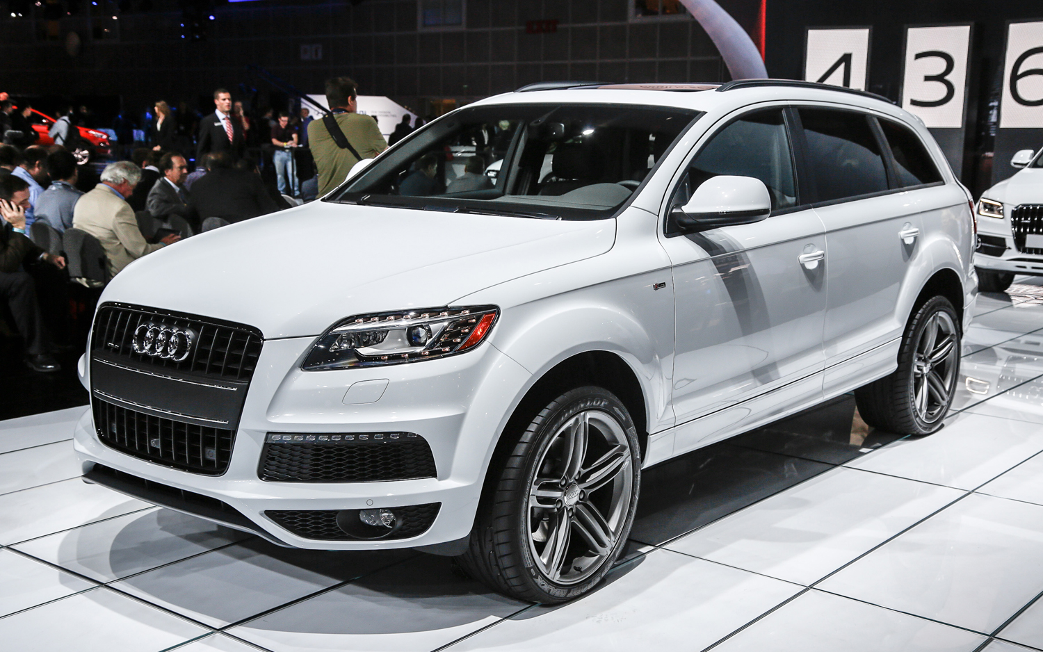 2014 Audi Q7 - Information and photos - MOMENTcar