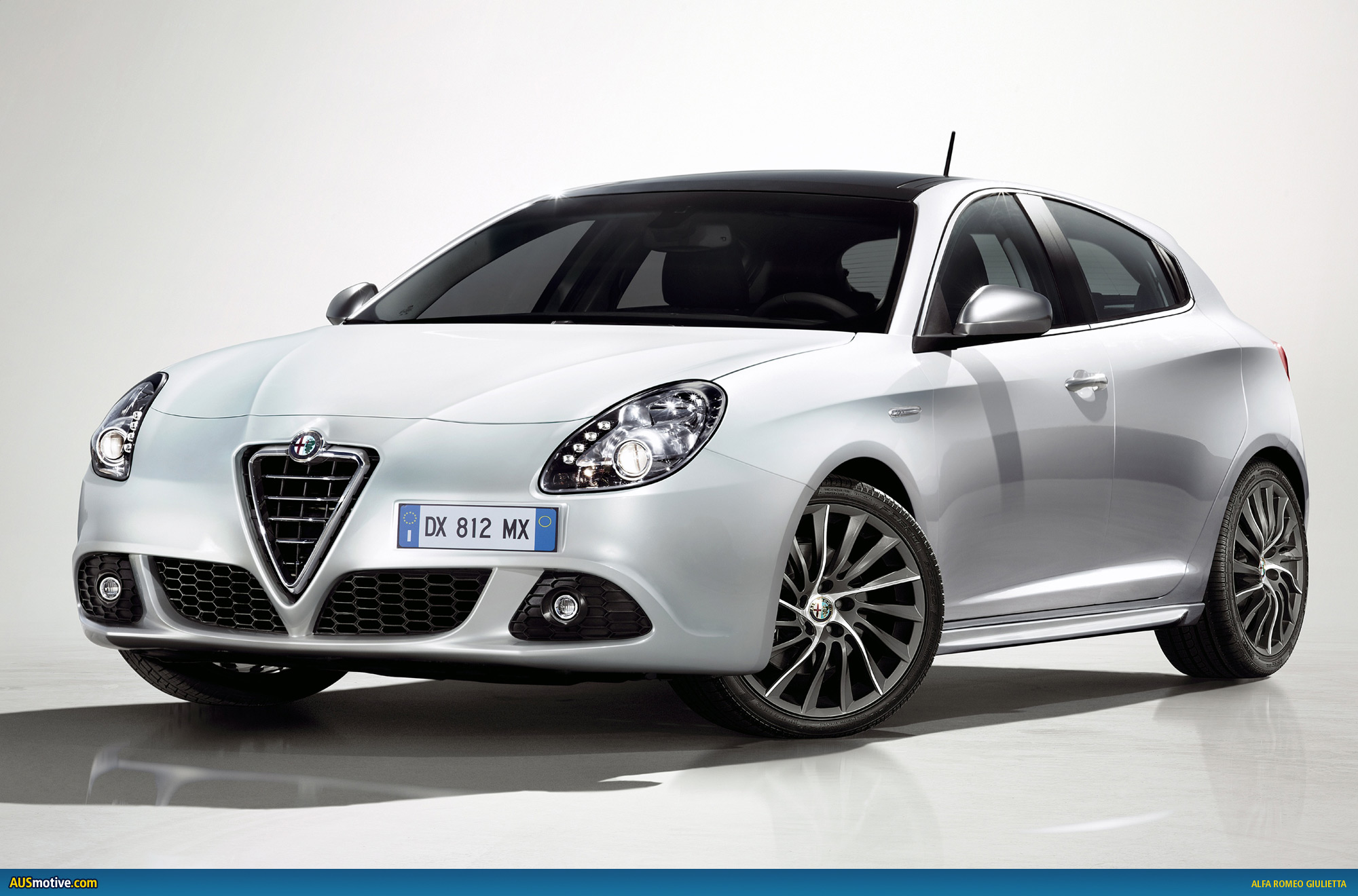 Alfa Romeo Giulietta Information and photos MOMENTcar