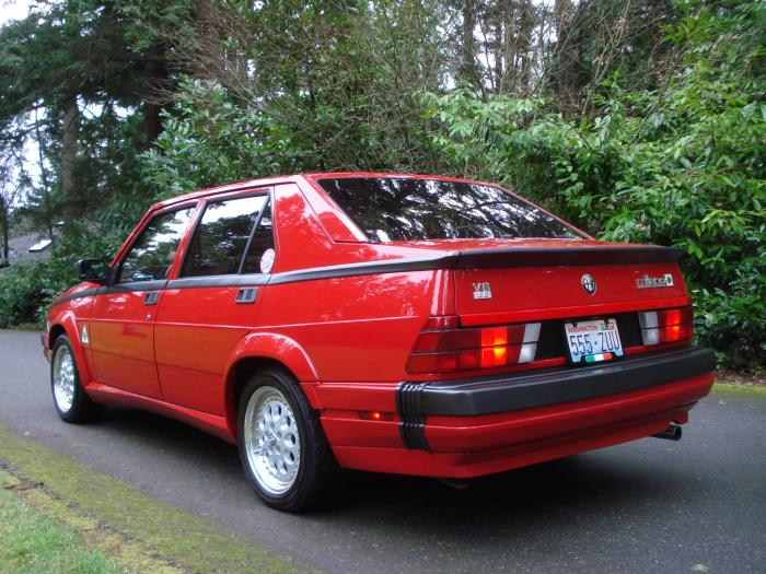 1988 Alfa Romeo Milano - Information and photos - MOMENTcar