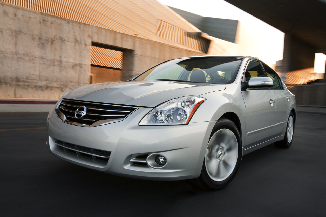 Altima wins the test drive for Nissan 2010 models #9