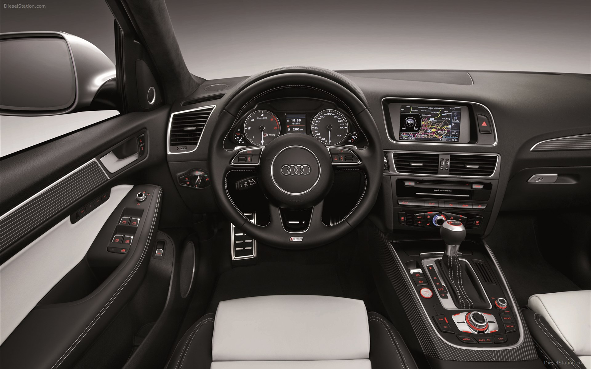 An improved Audi 2013 SQ5 crossover #10