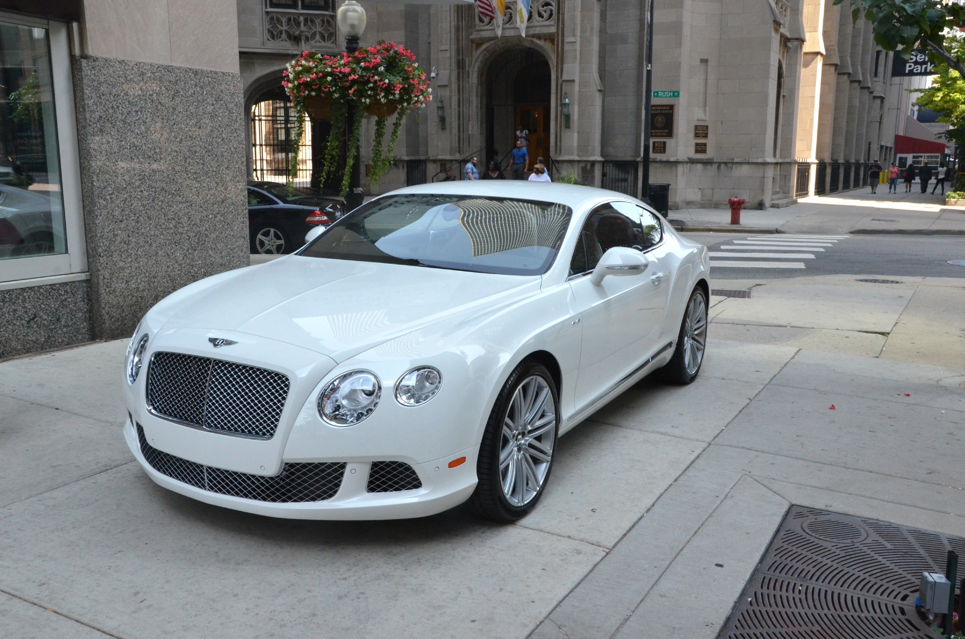 Bentley 2014 hit the market with the model of Bentley Continental GT V8 S #1