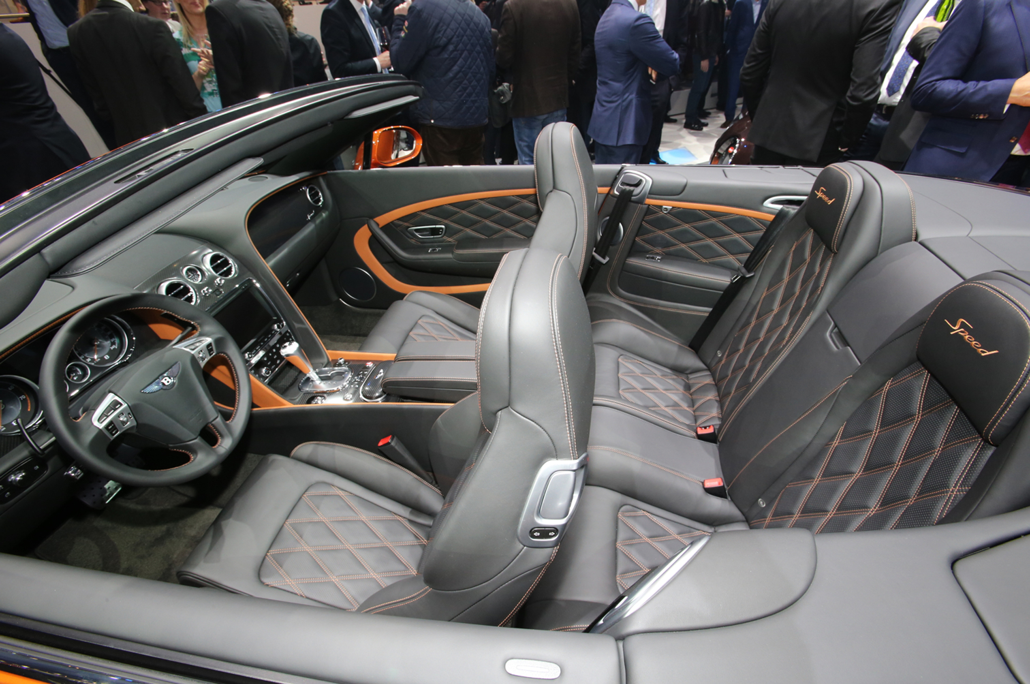 A stunning supercar of Bentley 2015 Continental #5
