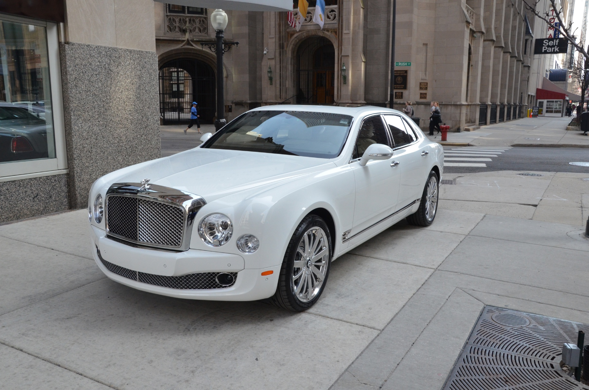 2013 bentley mulsanne white choice image hd cars wallpaper 2013 bentley mulsanne information and photos momentcar bentley mulsanne 2013 6 bentley mulsanne 2013 6 vanachro vanachro Images