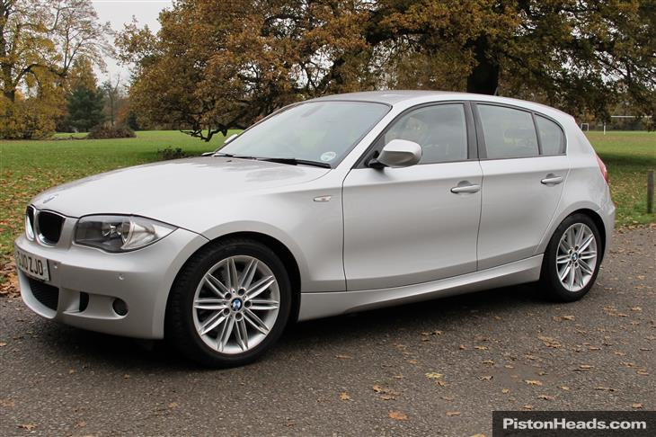 2010 BMW 1 Series Range photo - 1