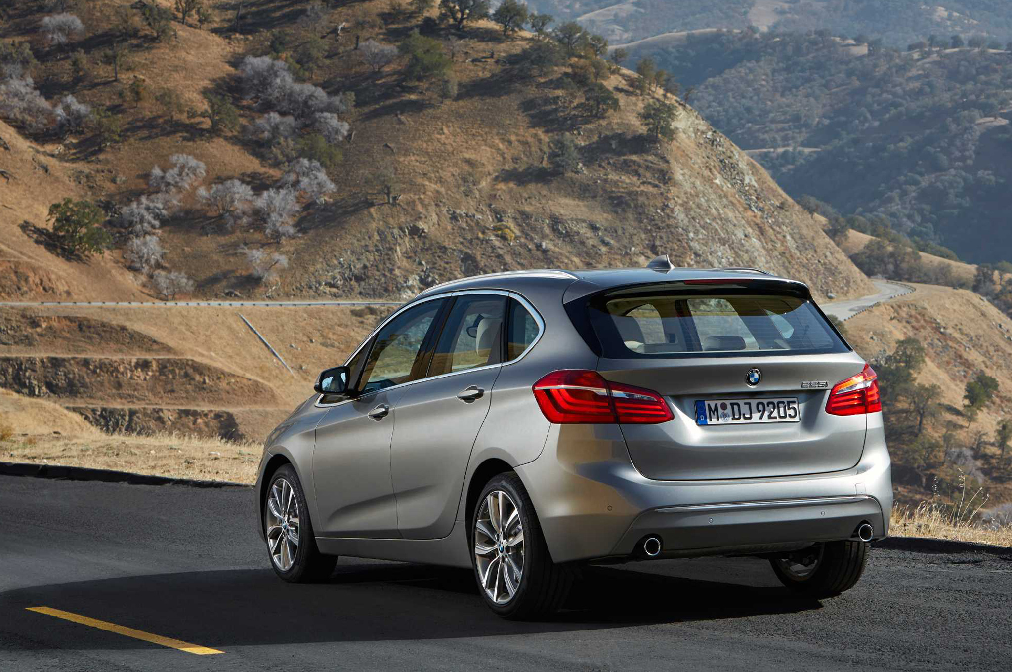 BMW 2 Series Active Tourer 2016 #5