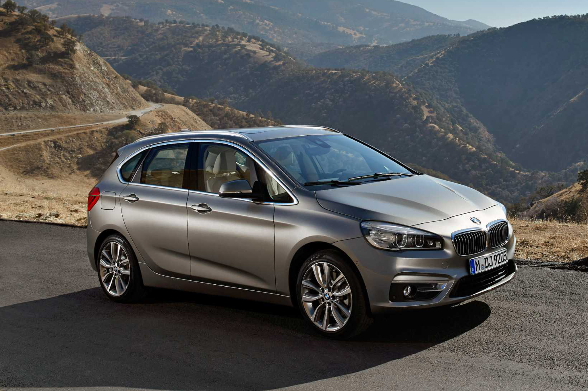 BMW 2 Series Active Tourer 2016 #11