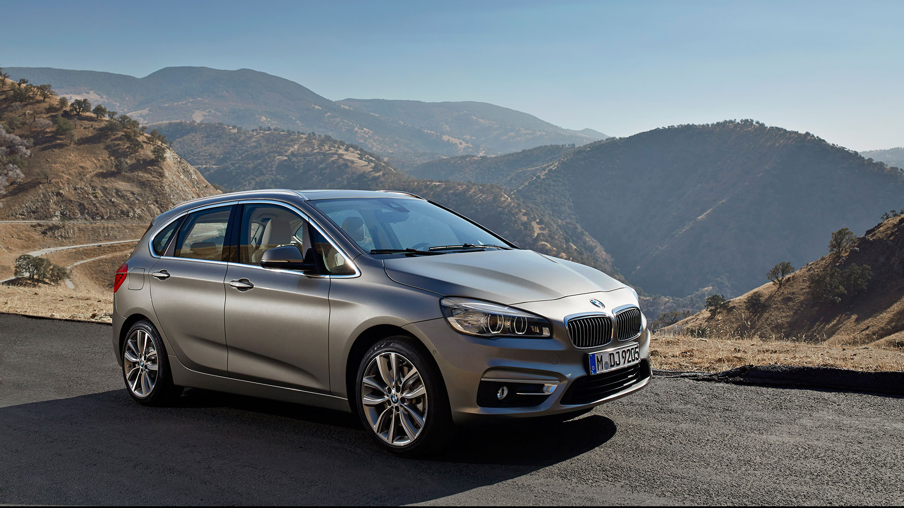 BMW 2 Series Active Tourer #9