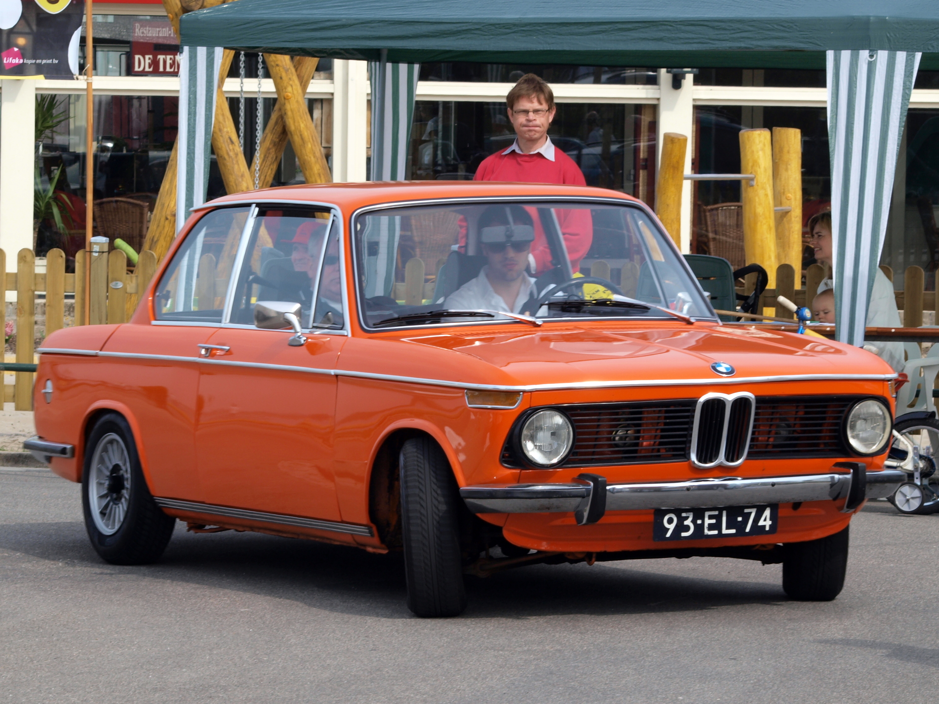 When the past becomes actual today with BMW 2002 1502 model #1
