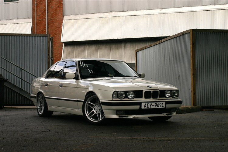 1992 Bmw 5 Series Information And Photos Momentcar