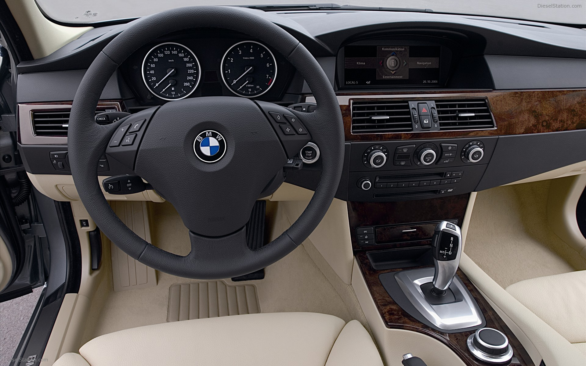 2009 bmw 5 series interior the image. Black Bedroom Furniture Sets. Home Design Ideas