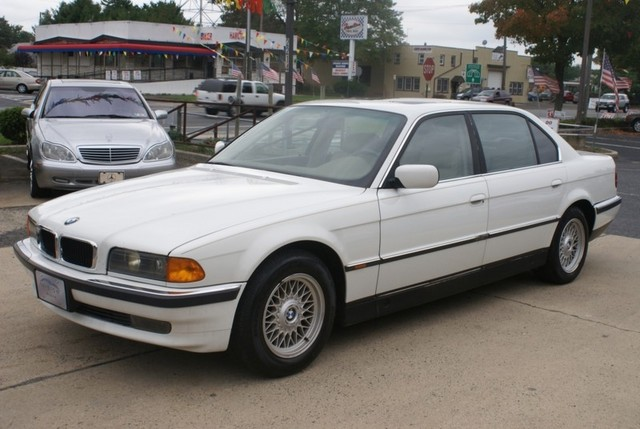 Mazda Dealers In Ct >> 1998 BMW 7 Series - Information and photos - MOMENTcar