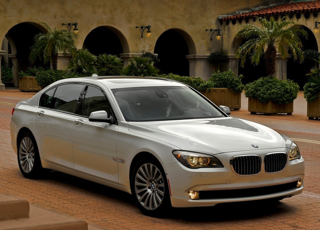 2011 Bmw 7 Series - Information And Photos